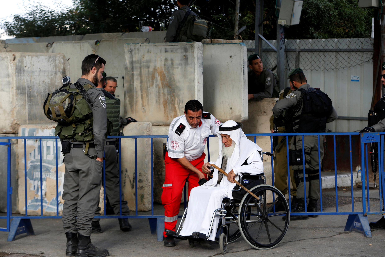 2016年6月10日,以色列在约旦河西岸伯利恒的入境检查。