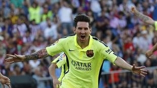 Lionel Messi's 41st league goal of the season gave Barcelona a 1-0 win at Atletico Madrid.