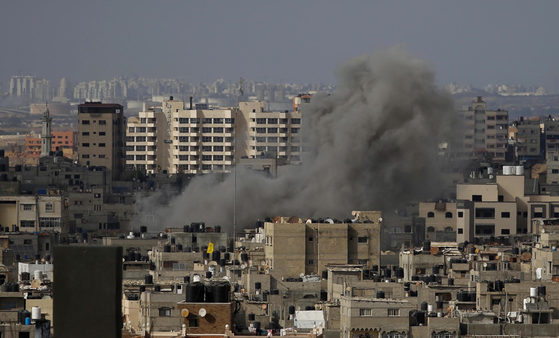 Trong vòng 10 ngày xung đột, các cuộc không kích của Israel đã làm thiệt mạng 230 người dân Palestine tại dải Gaza.