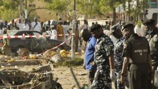 Site de la triple attaque à la bombe contre la Grande Mosquée de Kano, dans le nord du Nigeria, le 28 novembre 2014.
