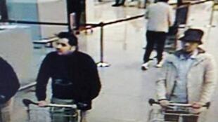 Capture d'écran d'une caméra de surveillance de l'aéroport de Bruxelles, le 22 mars 2016. A droite, Mohamed Abrini.