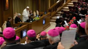 Giáo hoàng Phanxicô đọc diễn văn tại Hội nghị Thượng hội đồng Giám mục toàn thế giới về bảo vệ trẻ vị thành niên trong Giáo Hội, ngày 21/02/2019 tại Vatican.