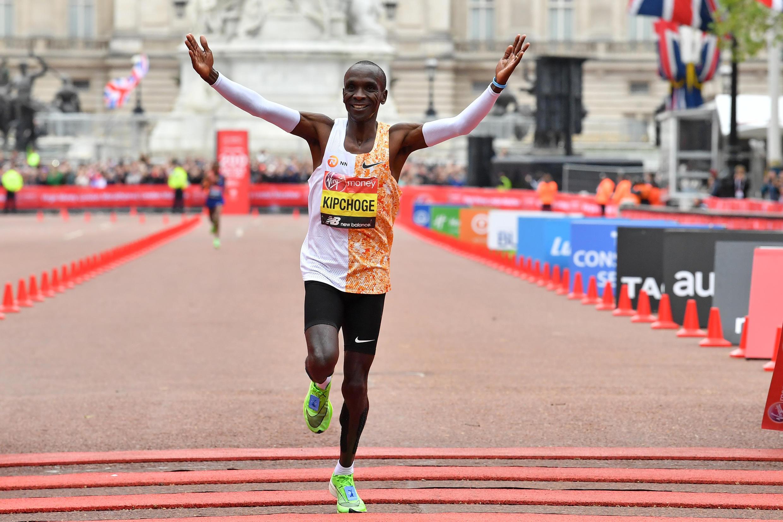 2020-10-03 athletics london marathon Eliud Kipchoge