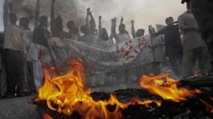 Акция пакистанских студентов против НАТО, 26 ноября 2011.