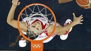 Parmi les compétitions retransmises, la chaîne annonce les Championnats du monde de tennis de table à Paris en 2013 et du basket universitaire américain.