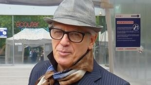 El artista argentino Ricardo Mosner en RFI