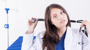 Etudiante en médecine.