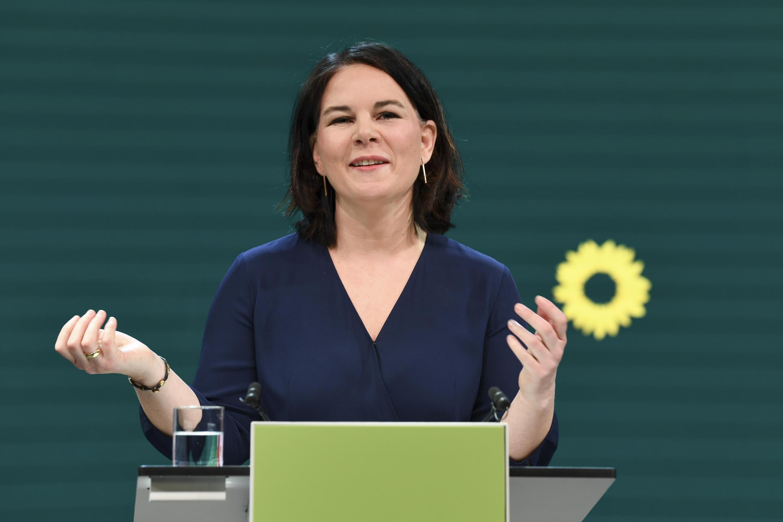 Annalena Baerbock, de 40 años y del partido ecologista Los Verdes, el 19 de abril de 2021 en Berlín, Alemania