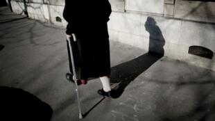 La réforme des retraites est un dossier épineux dans un pays comme la France où la population vieillit.