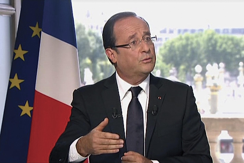 François Hollande durante entrevista no Hotel da Marinha, em Paris, neste 14 de julho de 2012. François Hollande durante entrevista no Hotel da Marinha, em Paris, neste 14 de julho de 2012.