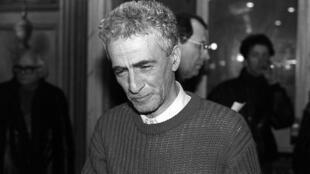 Kateb Yacine, le 3 décembre 1986 en France.