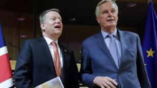 EU head of negotiation Michel Barnier (R) with UK counterpart David Frost (L), March 2020