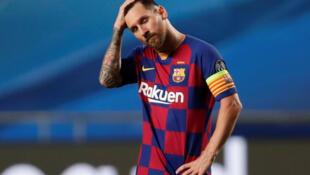 Lionel Messi lors de l'humiliation subie par le FC Barcelone contre le Bayern Munich (défaite 8-2), le 14 août 2020 à Lisbonne.