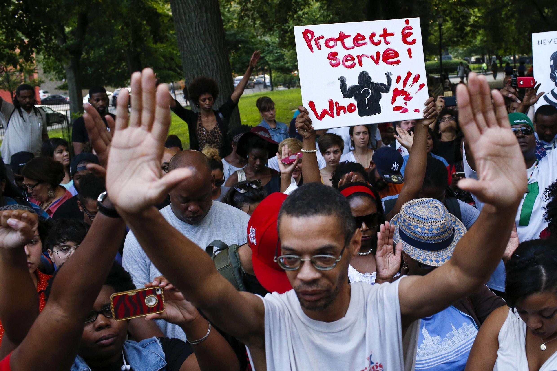 14 août 2014. Des manifestations ont été organisées dans tous les Etats-Unis après la mort de Michael Brown, jeune Noir de 18 ans abattu par la police à Ferguson, Missouri.