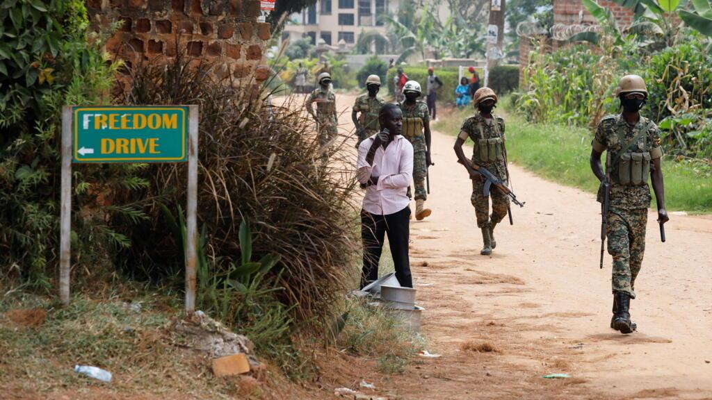 Ouganda: l'ambassadrice américaine empêchée de se rendre chez l'opposant Bobi Wine