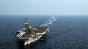 Porta-aviões norte-americano Theodore Roosevelt dirige a primeira operação naval da era Joe Biden no mar da China meridional 23/01/2021