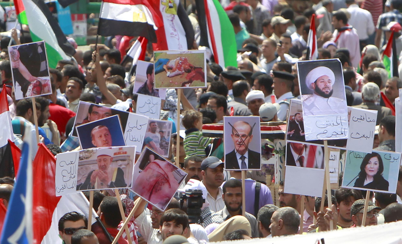 Manifestation place Tahrir au Caire, en Egypte, le 13 mai 2011.