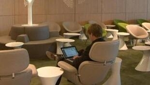 Paris's Charles De Gaulle airport new departure lounge