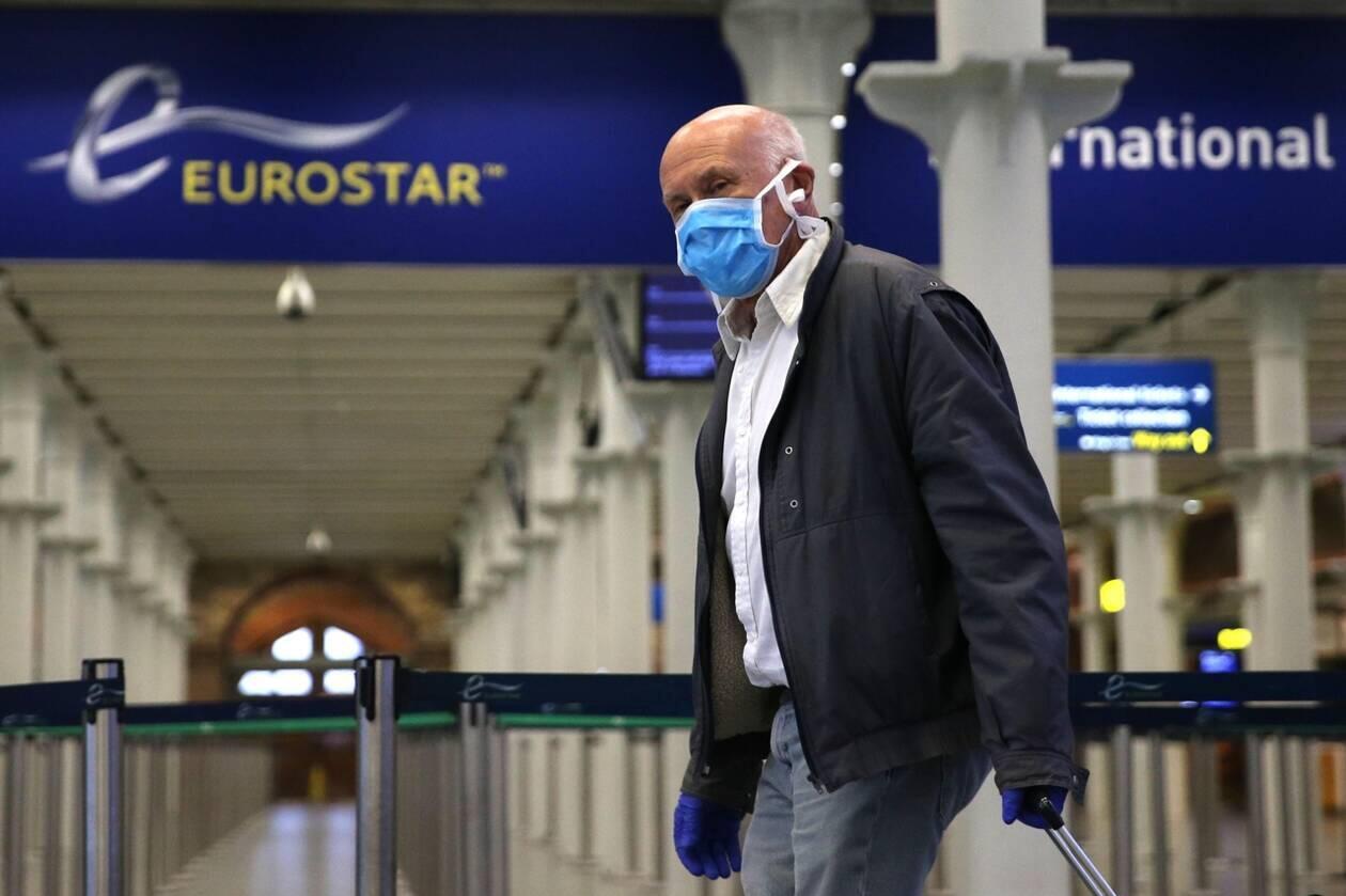 با افزایش آمار مبتلایان ویروس کرونا در شهرهای بزرگ فرانسه و اعلام وضعیت قرمز در پاریس و مارسی، از شنبه ۲۵ مرداد/ ۱۵ اوت مسافران فرانسوی که به بریتانیا سفر میکنند، پس از ورود به این کشور به مدت ۱۴ روز قرنطینه میشوند