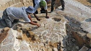 Pavés en mosaïque sur le site de Saint-Hilarion dans la Bande de Gaza, en 2010.