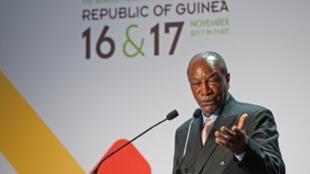 Le président guinéen, Alpha Condé lors de son allocution à Paris, le 16 novembre 2017.