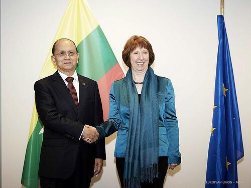 Tổng thống Thein Sein và lãnh đạo Ngoại giao Châu Âu Catherine Ashton (@EEAS)