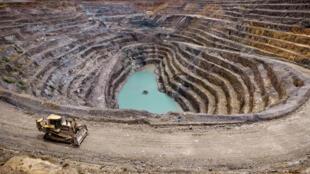 Une mine de cuivre dans le sud-est de la RDC (image d'illustration). «Les pratiques de corruption de sociétés minières au Congo se font par des intermédiaires et impliquent directement des hautes personnalités politiques», dit Jean-Claude Mputu.