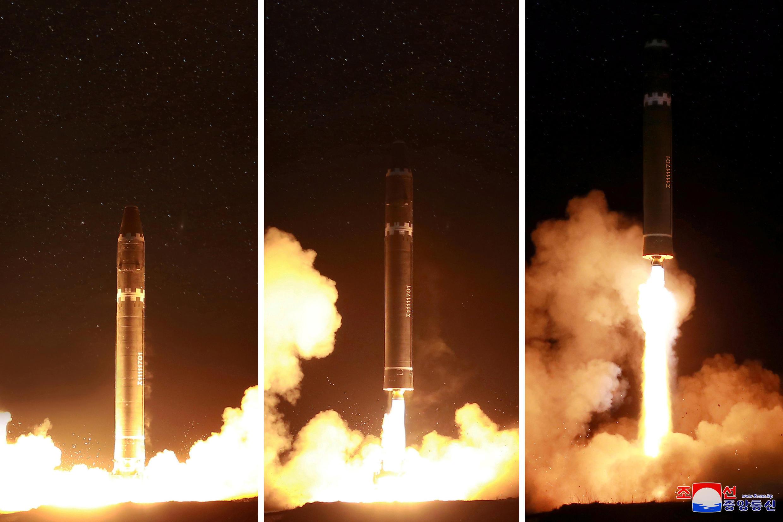 Hình ảnh vụ thử tên lửa Hwasong-15. Ảnh do KCNA công bố ngày 30/11/2017.