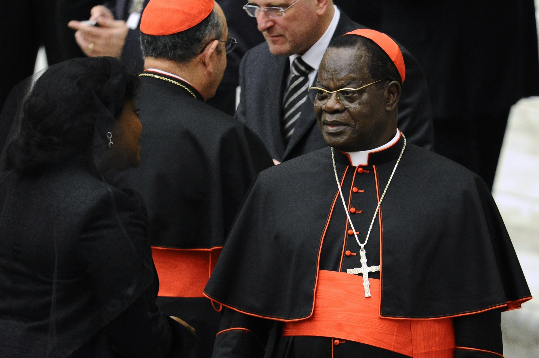 Laurent Pasinya Monsengwomuda mfupi baada ya kuteuliwa kwenye nafasi ya kardinali Novemba 2010.