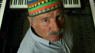 Joe Zawinul, dans son studio à Malibu, en 2002.