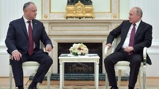 Игорь Додон и Владимир Путин в Москве, 31 октября 2018.