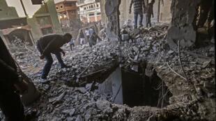 شهر غزه پس از یک بمباران اسرائیل در روز یکشنبه ١۵ اردیبهشت/ ۵ مه ٢٠۱٩
