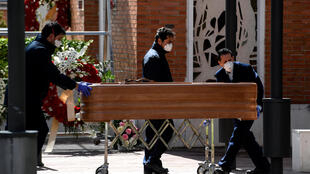 """""""We don't have the logistical capacity to carry out all the burials and cremations at the rate at which people are dying,"""" said Madrid Mayor Jose Luis Martinez-Almeida"""