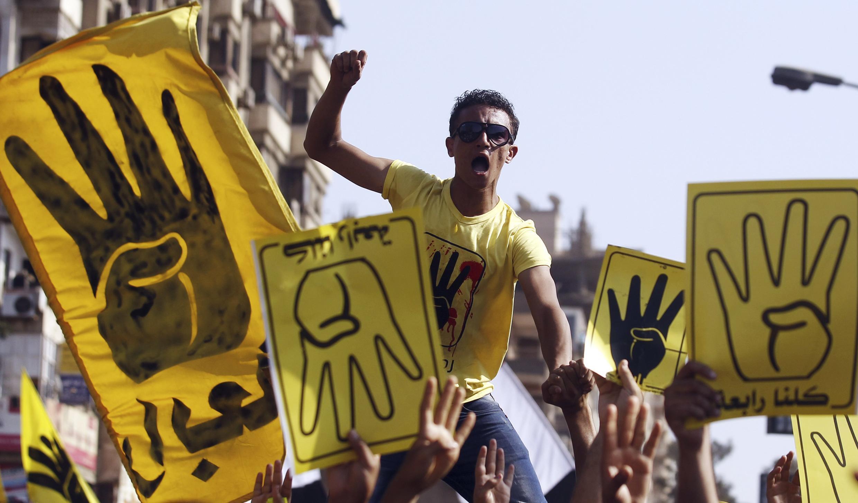 Des membres des Frères musulmans et des partisans de Mohamed Morsi ont manifesté le 13 septembre au Caire.