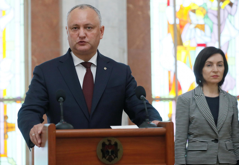 Президент Молдовы Игорь Додон и премьер-министр Майя Санду 11 июня 2019