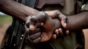 Centrafrique - RCA - soldat - faca - armée