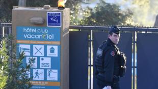 """""""Los gendarmes se han posicionado para evitar cualquier penetración en el lugar"""", dijo el prefecto."""