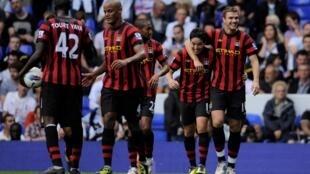 Samir Nasri et Edin Dzeko (à droite) affichent déjà une réelle complicité à Manchester City.
