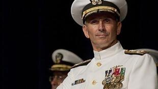 Đô đốc Jonathan Greenert, tham mưu trưởng Hải quân Mỹ (defense.gov)