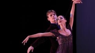Les étoiles cubaines Sadaise Arencibia and Victor Estevez dansent sur «In the night» de Jerome Robbins, le 28 octobre à La Havane.
