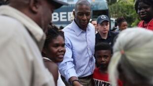 Andrew Gillum, candidato demócrata al cargo de gobernador de La Florida, durante la campaña en Fort Lauderdale.