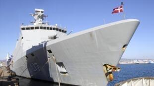 Một tàu Đan Mạch chở các vũ khí hóa học Syria.