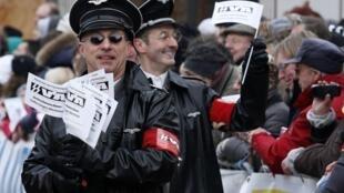 Polêmica na Bélgica, por causa de desfile com símbolos nazistas