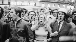 """تظاهرات دانشجویی در """"مه ۶٨"""""""