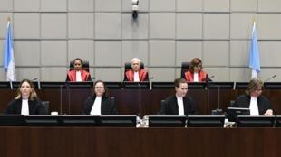 دادگاه بینالمللی رسیدگی به پروندۀ قتل رفیق حریری در لاهه.
