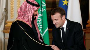 Emmanuel Macron e o príncipe herdeiro da Arábia Saudita, Mohamed bin Salman, em 10 de abril de 2018
