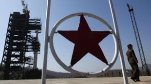 Стартовая площадка для запуска северокорейского ракетоносителя 08/04/2012.