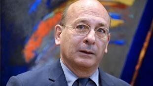 """na investigación en toda Francia """"está en curso"""" por los casos de bebés nacidos sin manos, brazos o antebrazos, anunció el miércoles François Bourdillon, director general de Salud pública."""