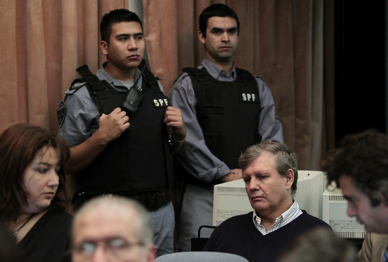 O ex-capitão Alfredo Astiz é acusado da morte de 5 mil pessoas