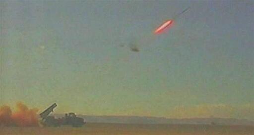Sur cette photo datée du 6 janvier 2010 du ministère israélien de la Défense, une roquette est tirée par le système antimissiles Dôme d'acier.